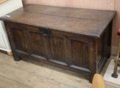 An early 18th century oak coffer W.126cm