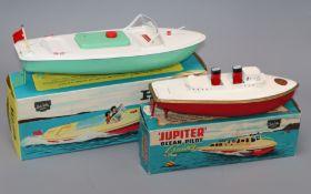 A Sutcliffe Hawk speedboat and Jupiter pilot cruiser models, boxed