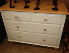 A modern Ethan Allen cream painted chest of drawers W.107cm