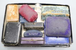 A small group of assorted jewellery boxes.