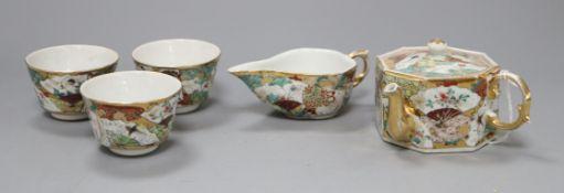 A Japanese tea set
