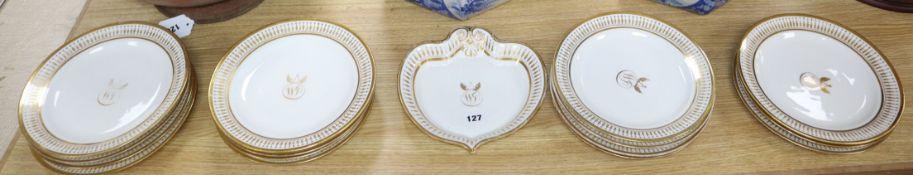 A Paris porcelain part-dessert service, by M Locre (16)