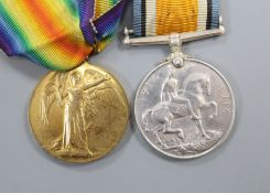 A pair of WWI medals
