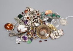 Mixed jewellery including white metal and loose stones, etc.