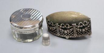 An Edwardian pierced silver mounted navette shaped pin cushion, Henry Matthews, Birmingham, 1904,