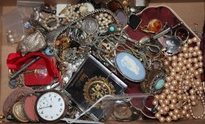 Two 9ct gold framed pendants, a bloodstone fob(a.f.), an 800 pocket watch and a quantity of assorted