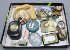 A group of objects of vertu and miniature ceramics