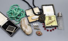 Mixed jewellery including paste brooch, micro mosaic brooch, silver topped scent bottle etc.