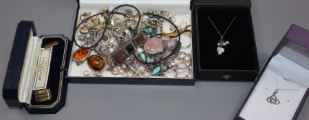 Assorted silver and other jewellery, etc. including amber and Scottish hardstone.