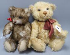 A Teddy Steiff blond bear, boxed, 43cm and a Steiff brown bear, boxed, 35cm