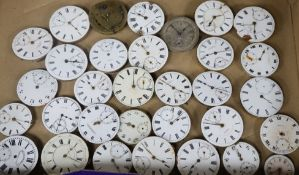 Thirty two assorted pocket watch movements.