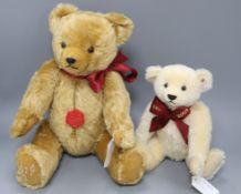 A Steiff Margaret's bear box 1909 and a Teddy Herman musical bear