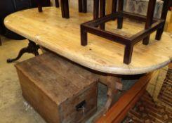 An 18th century style pine tavern table, W.180cm, D.84cm, H.76cm