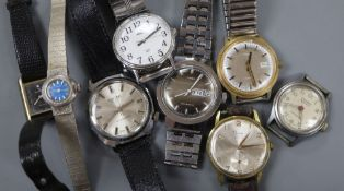 Eight assorted wrist watches including Timex and Sindaco.