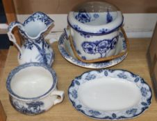 A group of Victorian toiletry ceramics