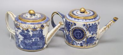 Two Chinese Qianlong blue and white teapots, tallest 13cm