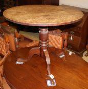 A 19th century oak circular tripod tea table, diameter 84cm