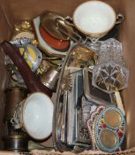 A group of mixed collectables