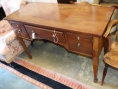 An early 20th century mahogany dressing table, W.122cm