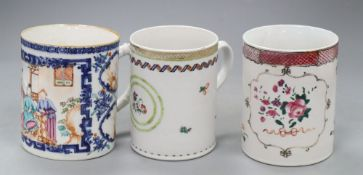 Two Chinese export famille rose mugs, Qianlong and a Chinese export Imari bulle shaped teapot and