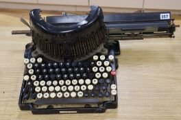 A Royal Bar-Lock typewriter