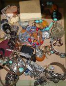 Mixed costume jewellery etc.