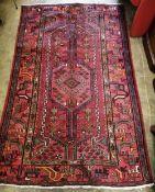 A Hamadan rug 174 x 110cm