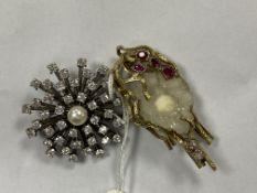 A 1970's textured 9ct gold. quartz geode, ruby and diamond set modernist brooch, (a.f.) 52mm,