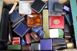 A large quantity of assorted jewellery boxes.