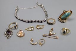 Mixed jewellery including two 9ct gold gem set rings, gross 6.5 grams, a 750 and gem set ring, gross