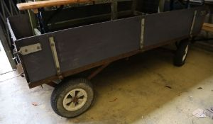 A painted wooden trailer, 102 x 200cm
