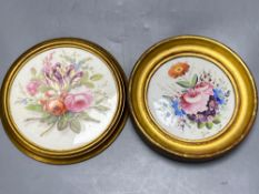 Two early 19th century circular wall plaques, each painted with floral bouquets, one Derby, 18cm and