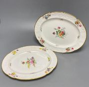 Two Spode 1918 pattern oval dishes painted with floral spraysCONDITION: Both plates structurally