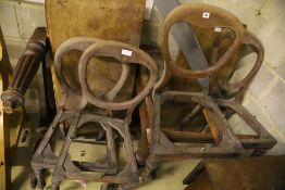 Parts of a Victorian mahogany extending dining table and a set of four chairs (a.f.)
