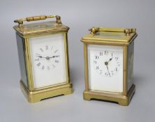 Two brass carriage timepieces, tallest 14cm with handle down