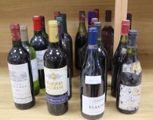Assorted wines including Chateau Fombrauge 1989 and a De Kuypers Cherry Brandy (20)