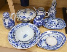 Mixed Chinese blue and white ceramics, 18th and 19th century, mostly damaged