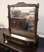 A George IV mahogany toilet mirror, width 66cm, depth 24cm, height 68cm