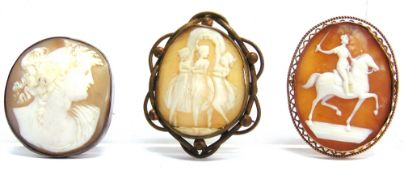 THREE LATE VICTORIAN OVAL SHELL CAMEO BROOCHES
