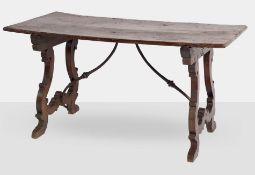 Tavolo Fratino in legno di noce, XVIII sec.