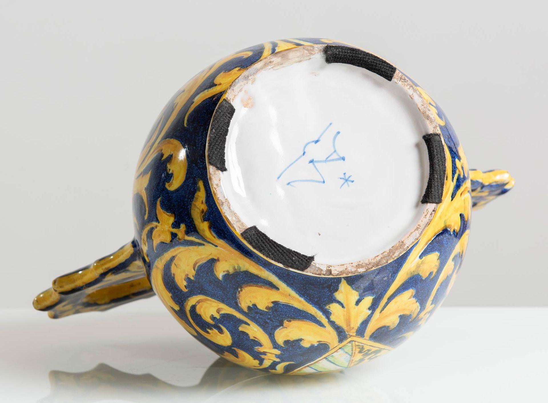 Los 1 - Manifattura Minghetti - Bologna, Vaso globulare in ceramica con grandi manici, inizio del XX sec.
