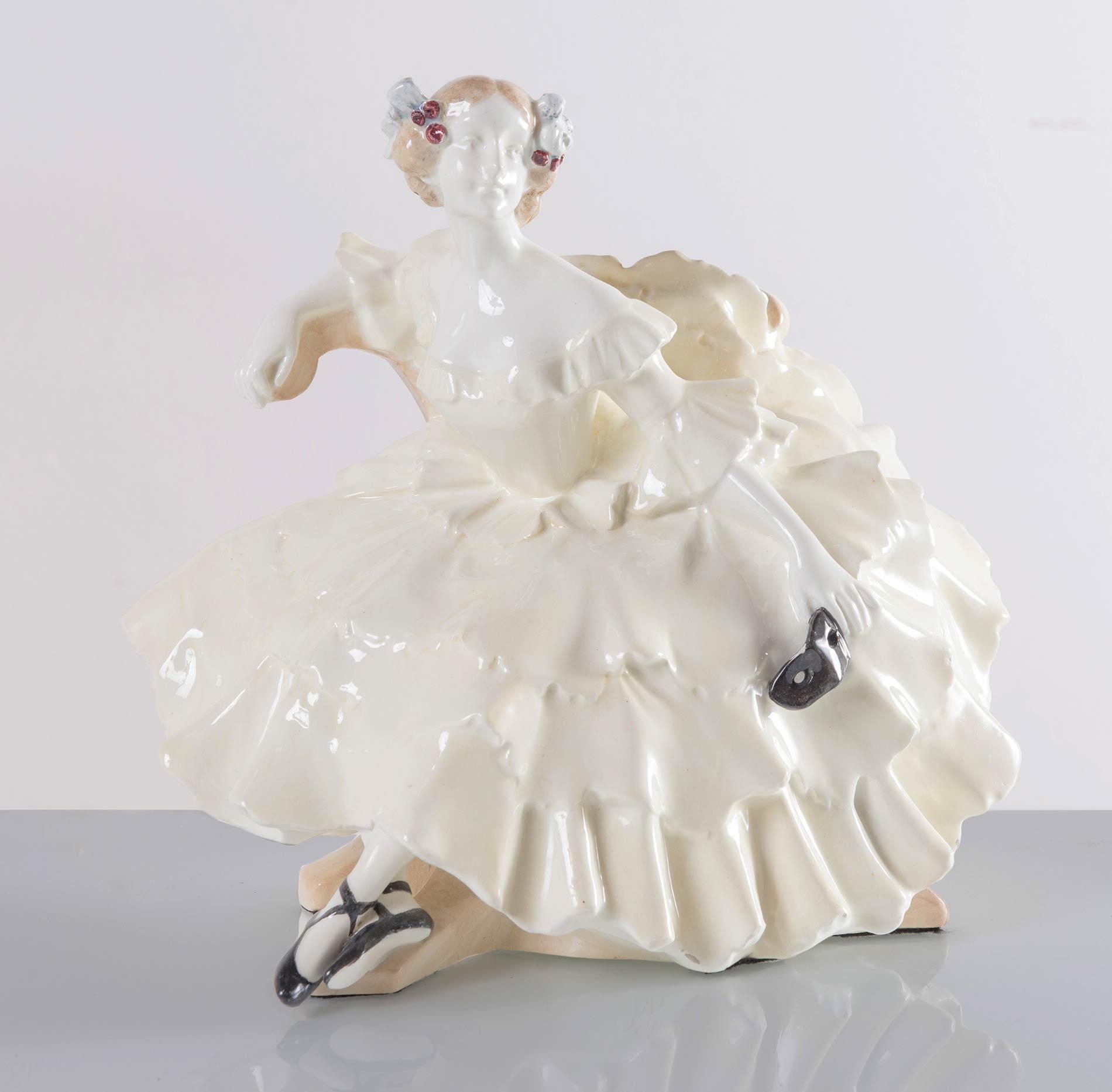 """Goldscheider - Vienna, """"Dama in abito da ballo"""", 1919 c."""