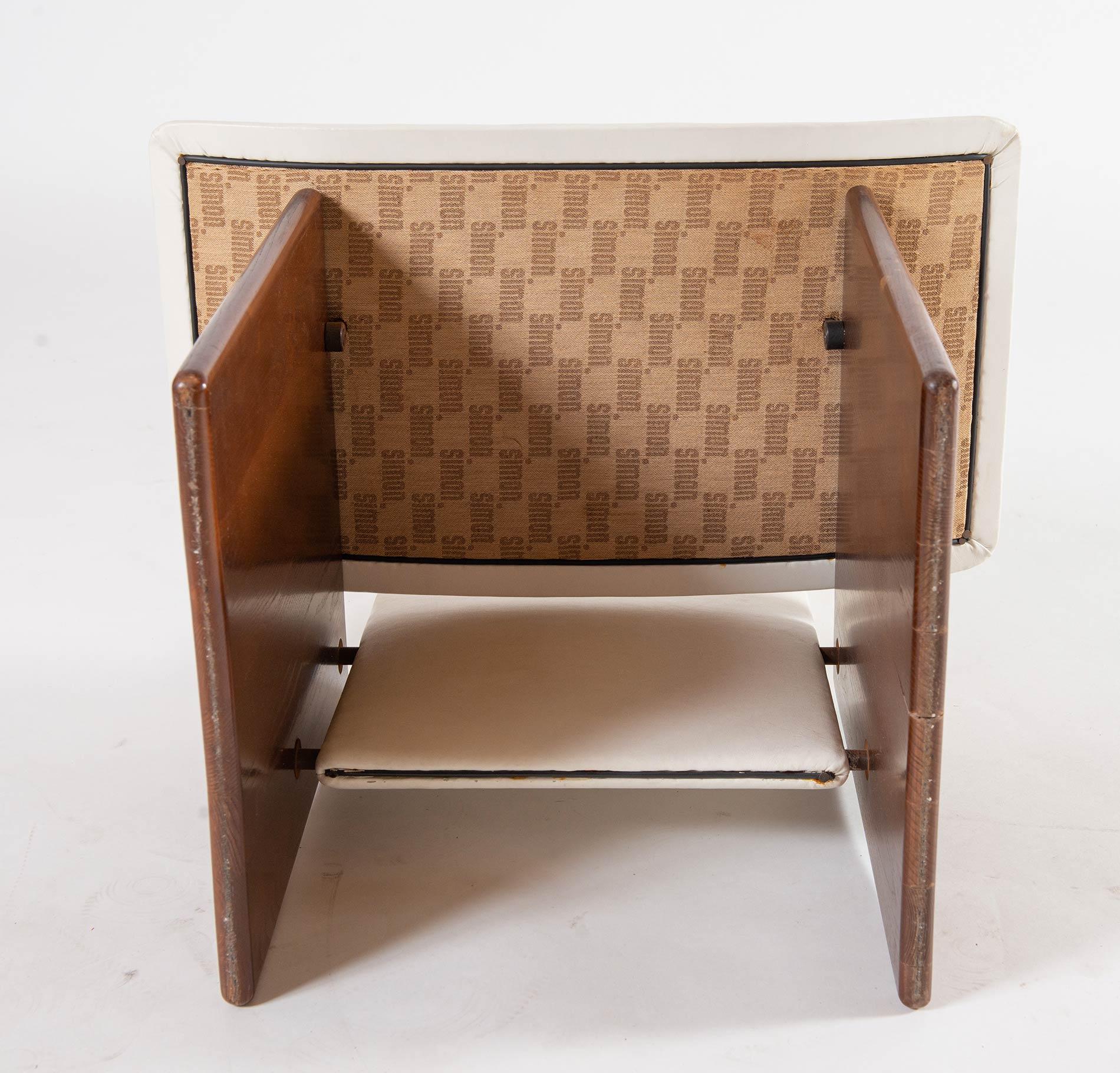 Kazuhide Takahama per Gavina, Sei sedie, Anni '70. - Image 6 of 6