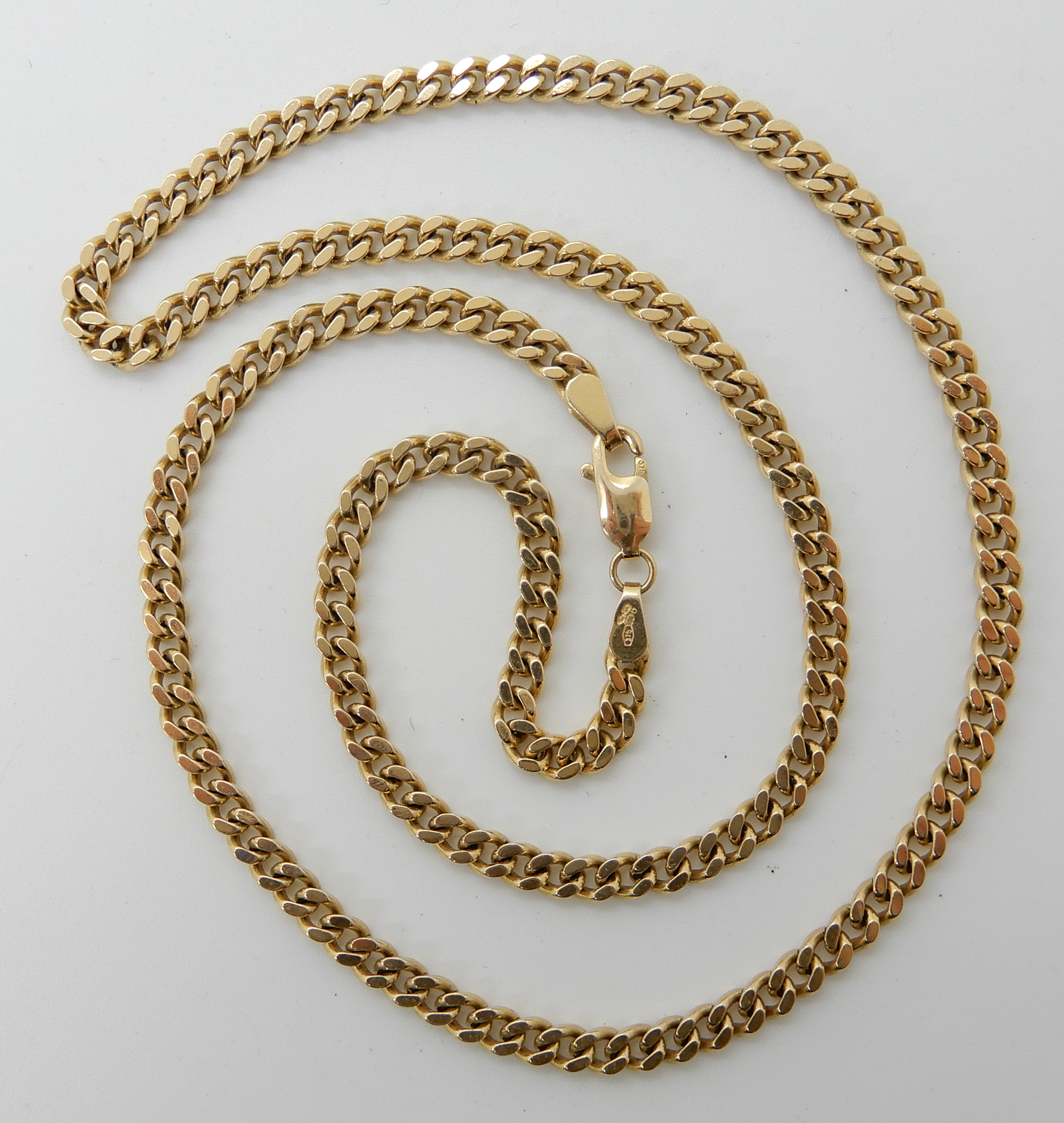 Lot 60 - A 9ct curb link necklace 46cm, weight 14.7gms Condition Report: Available upon request