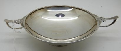 A silver quaich, Birmingham 1925, 20cm across the lugs, 117gms Condition Report: Available upon