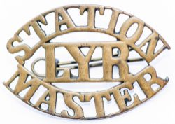 Lancashire and Yorkshire Railway brass Cap Badge STATION MASTER LYR. In excellent condition complete