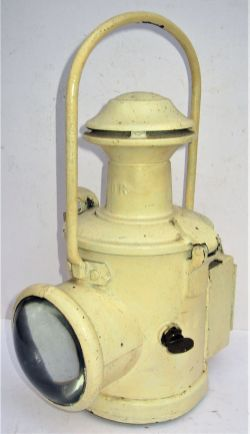BR (E) Locomotive Head lamp complete with interior and in excellent condition.