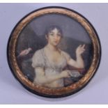 AN 18TH/19TH CENTURY EUROPEAN PAINTED IVORY GOLD AND TORTOISESHELL BOX painted with a female. 7.25 c