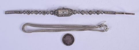 A SILVER NECKLACE and a dress watch. (2)