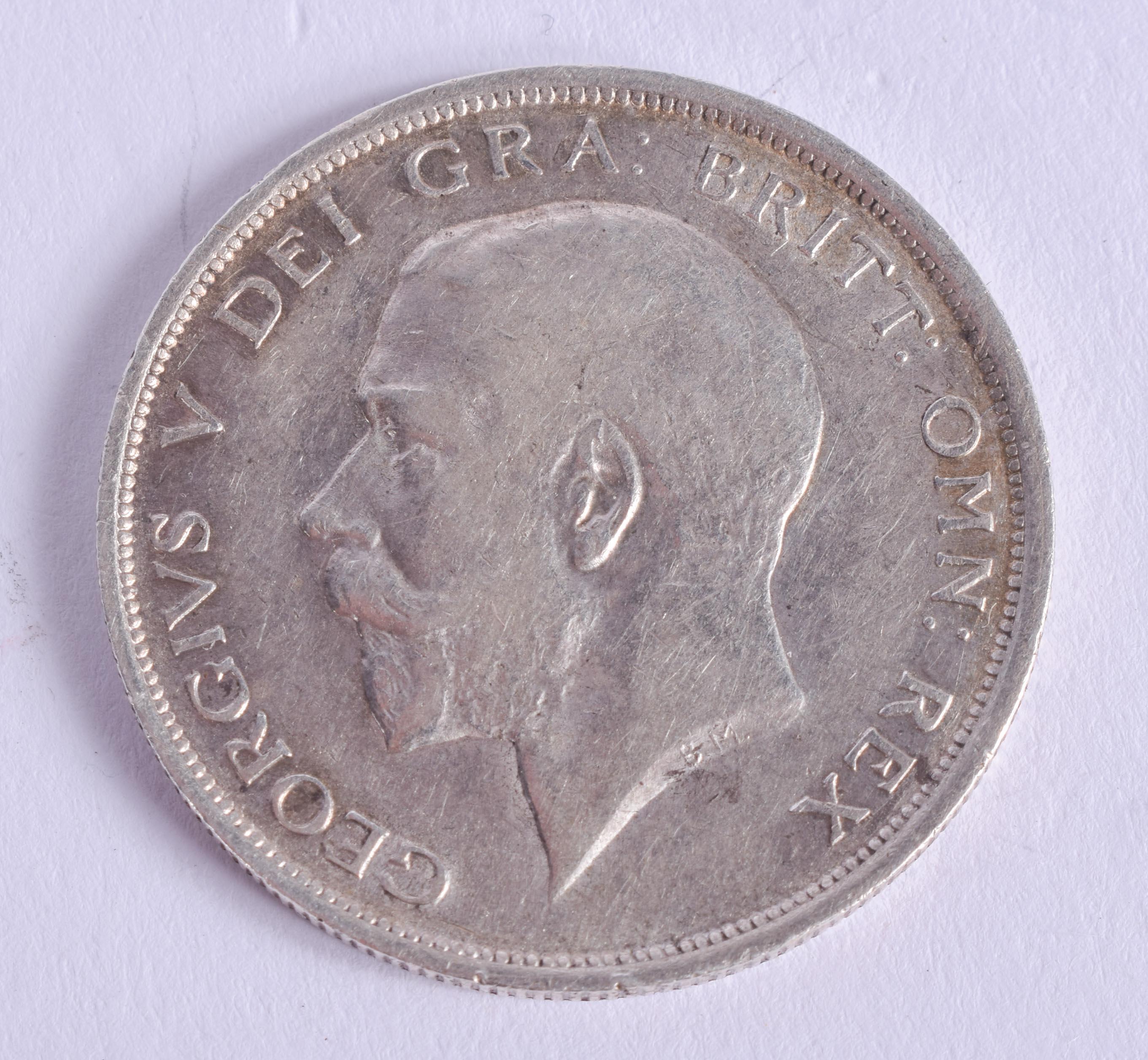 A GEORGE V 1918 HALF SILVER CROWN.